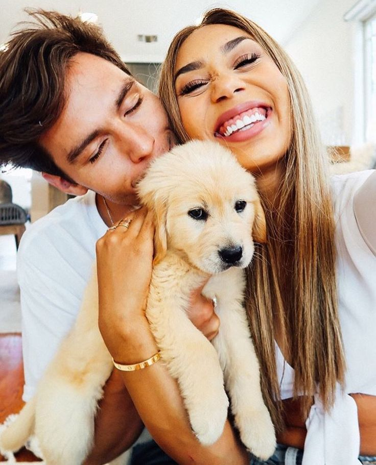 Mylifeaseva - Eva Gutowski - Eva and Adam - couple photos - puppy