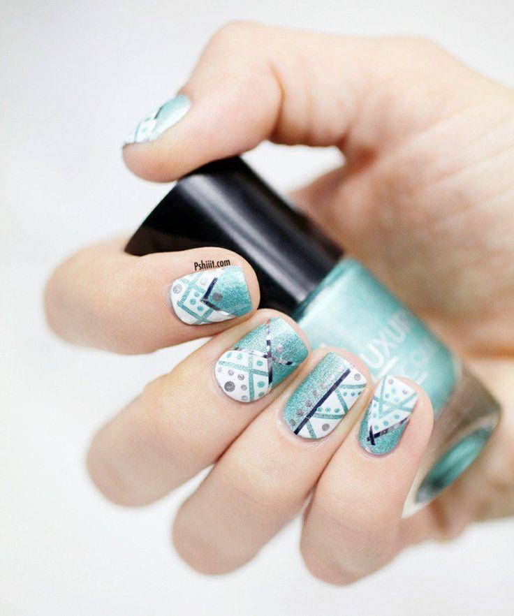 idée nail art été très tendance de couleur turquoise clair et fils argentés décoratifs