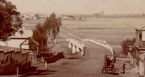 Bridge over South Creek next to Carrington Hotel, Windsor.