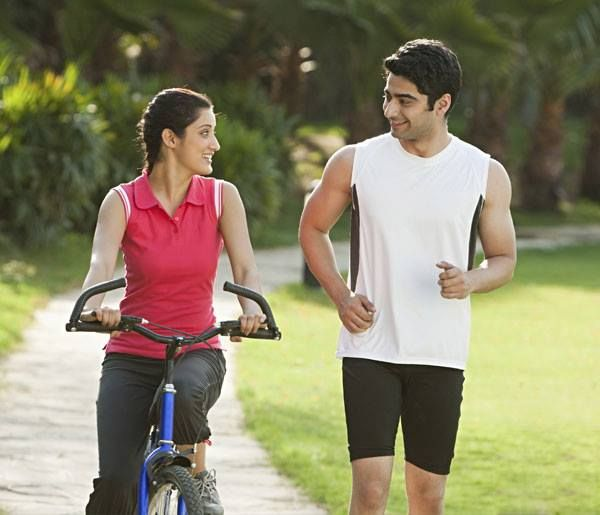 Jog or cycle your way through the fitness tracks across the campus with manicured grass, shady tress and colourful flowers to give you company. #SwayamCity #RealEstateKolkata