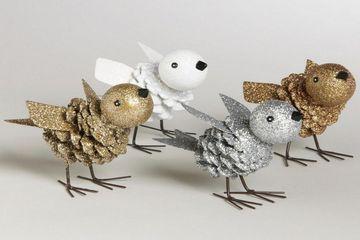 Pommes de pin: 50 idées de bricolage sympathiques pour les fêtes. Des pommes de pins, peintes comme déco de table, des petits animaux tout mignons pour accrocher au sapin et bien d