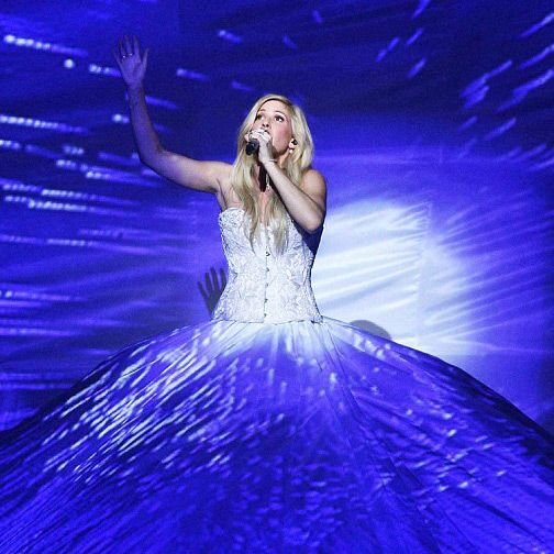 Did you catch Ellie Goulding in our customised Sophia corset on the Royal Variety Show? She looked amazing (although Richard says he wanted to get behind her and give her laces a good tug!)  http://www.dailymail.co.uk/tvshowbiz/article-2864378/Ellie-Goulding-wows-incredible-600ft-white-dress-Royal-Variety-Performance.html