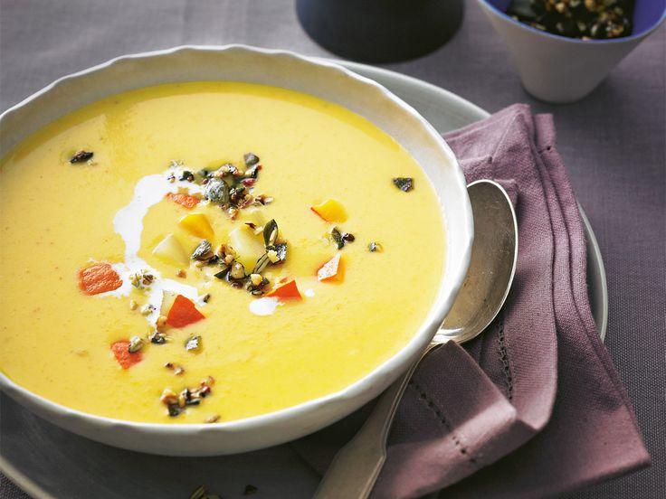 Zucchini goes Asia - als fein pürierte Suppe mit Kokosmilch und Ingwer. Macht ...
