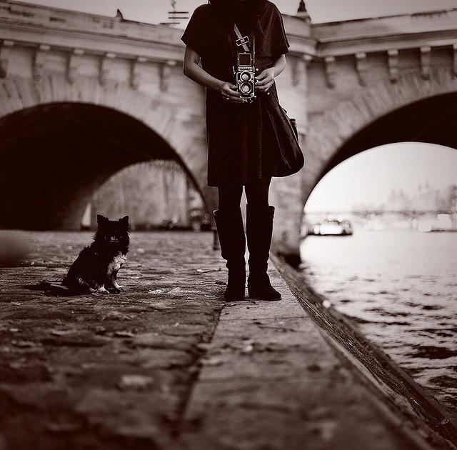 Au bord de la Seine. Photo by Mami W.I.: Parisparisian Life, Vintage Camera, Paris Photography, La His, Art Foto, Camera Lens, Bw Photography, Chic Parisparisian, Digital Camera
