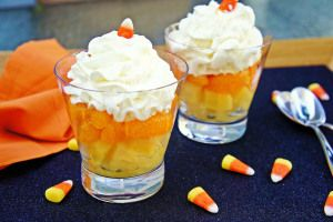 Healthy Halloween snack - Candy corn parfait