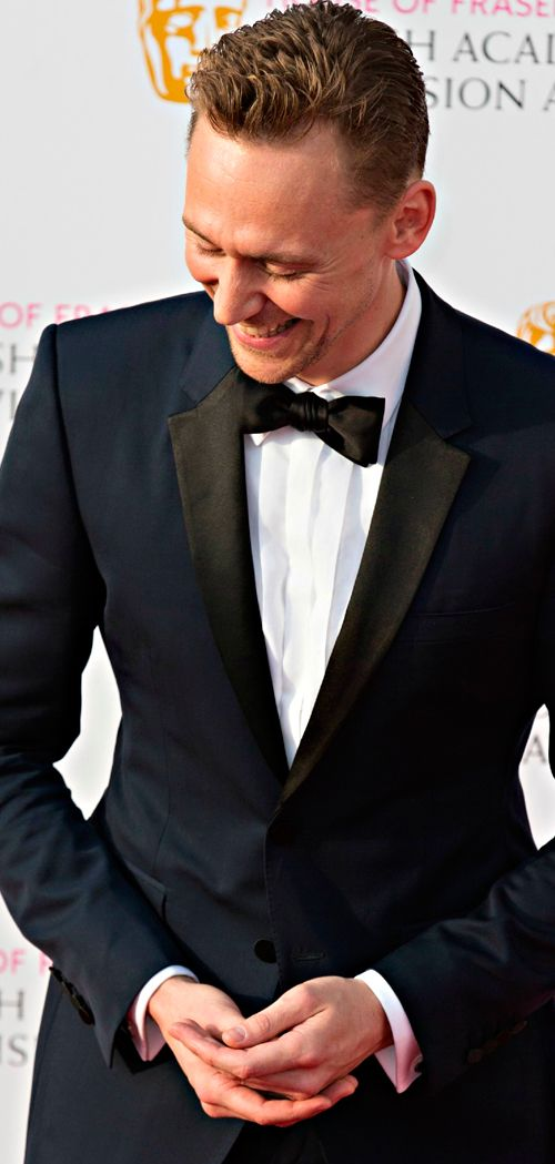 Tom Hiddleston attends the House Of Fraser British Academy Television Awards 2016 at the Royal Festival Hall on May 8, 2016 in London, England. Full size image: http://ww3.sinaimg.cn/large/a67388a0gw1f3ove6t69bj21kw27nakv.jpg Source: http://www.weibo.com/2792589472/DuH2m2Wmz?from=singleweibo&mod=recommand_weibo&type=comment#_rnd1462829687233