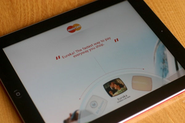 Radial navigation - Mastercard iPad app by Paul Clifton, via Behance
