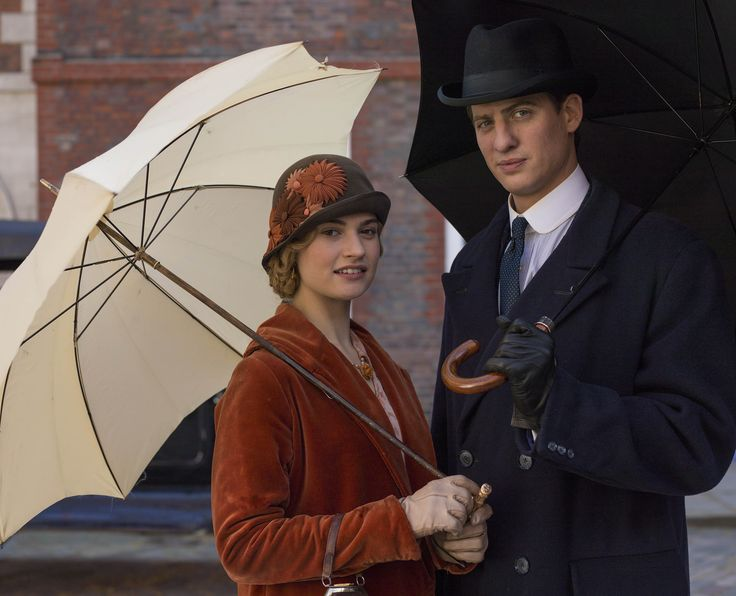 Lily James (as Lady Rose McClare) and Matt Barber (as Atticus Aldridge) in Downton Abbey.