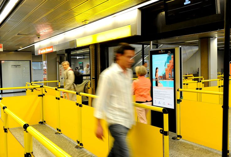 Milan Linate Airport: #DigitalSignage system by #DOOH_IT
