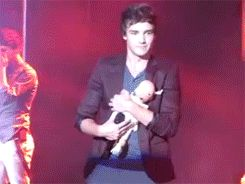 Come on, guys, Liam's baby doll is trying to sleep. (Okay seriously though, being part of this fandom, I find myself saying things that I NEVER imagined myself saying. That is one of those things.) {GIF}