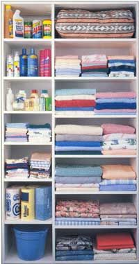 Bathroom & Linen Closet Pictures: Linens and Cleaning Supplies