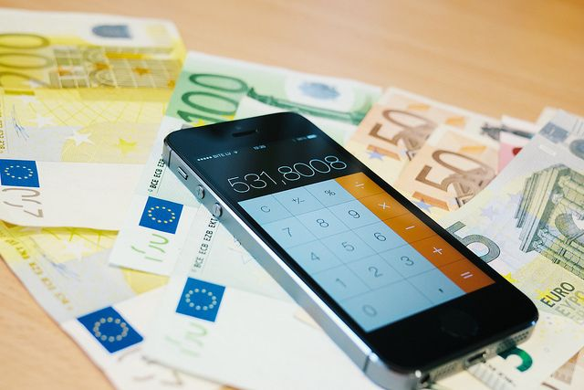 Na co si dát pozor při koupi iPhonu z druhé ruky :http://www.iphonepro.cz/na-co-si-dat-pozor-pri-koupi-iphonu-z-druhe-ruky/