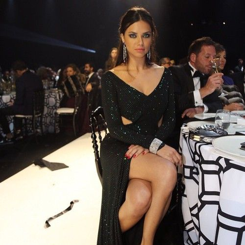 Adriana Lima model and style