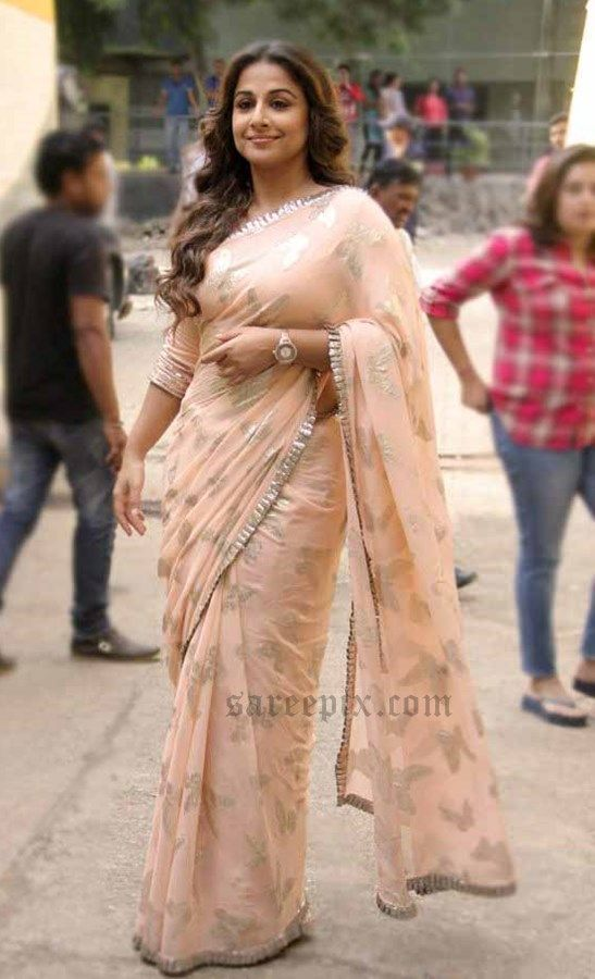 a2803c6d77 simple-and-stylish How to Wear Saree for Plus Size–16 Saree Tips for Curvy  Ladies