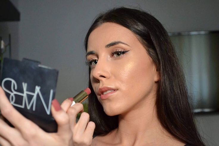My Glowy Makeup Routine - Madalina Trif