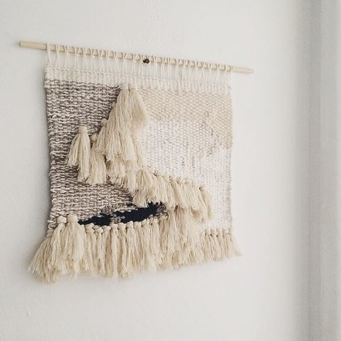 minimal monday #weaving #wallhanging #fiberart