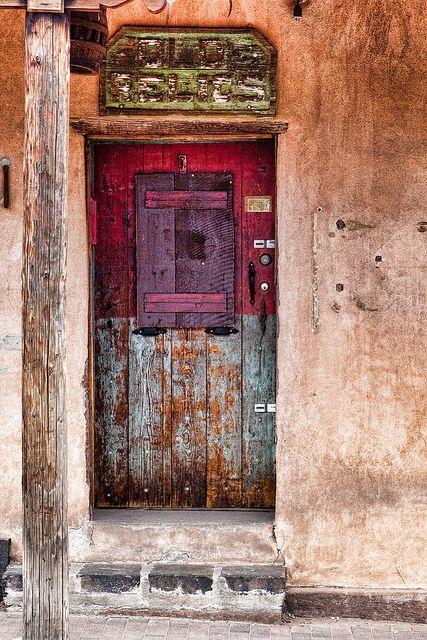 """Old Relics"" door Santa Fe, New Mexico By Ken Piorkowski"