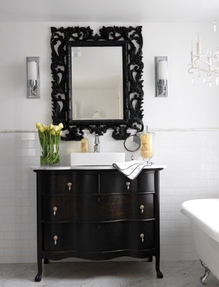 Modern Victorian Bathroom Design // Photographer Stacey Brandford // House & Home April 2009 issue
