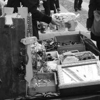 Correggio, mercatino dell'usato