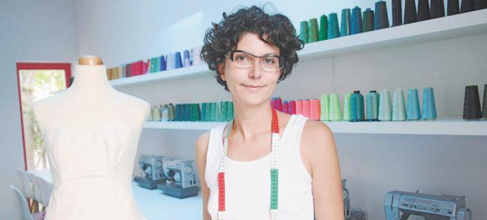 Ποιά είναι η κόρη του τραπεζίτη Προβόπουλου που σχεδιάζει  και πουλάει κορσέδες σε χαμηλές τιμές [εικόνες]