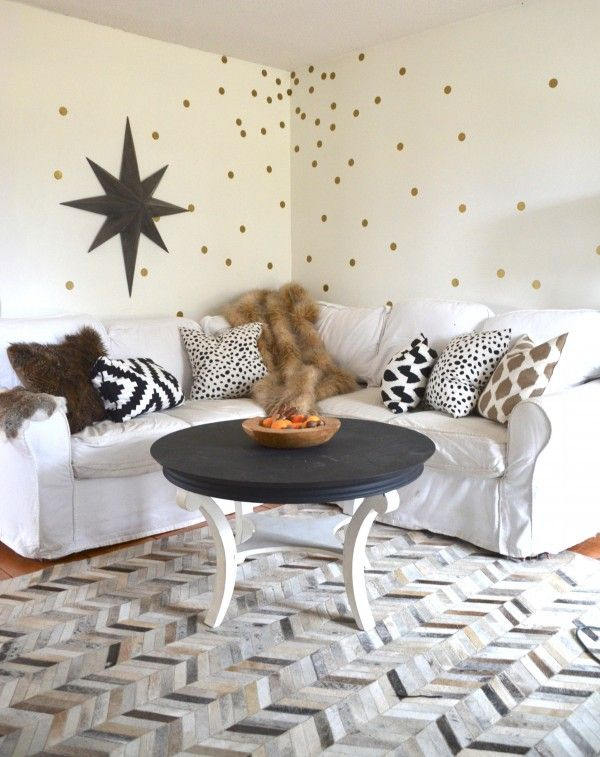 the only way to have white in a home with 3 boys, a dog and 3 cats... www.thenester.comDots Wall, Fun Wall, Gold Polka Dots, Living Room, Gold Stars On Black Paper, Polka Dot Walls, Christmas Decor, Gold Dots, Gold Star Wall Decals
