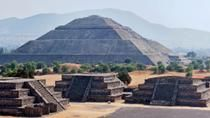 Early Morning Teotihuacan Pyramids Tour with a Private Archeologist, Mexico City, null