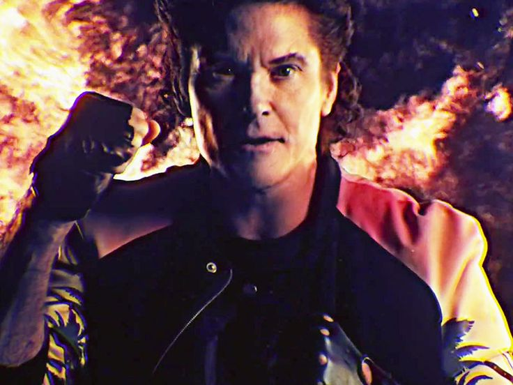 Trust Us, You'll Want to Watch David Hasselhoff's Awesome New Music Video http://www.people.com/article/david-hasselhoff-kung-fury-true-survivor-music-video