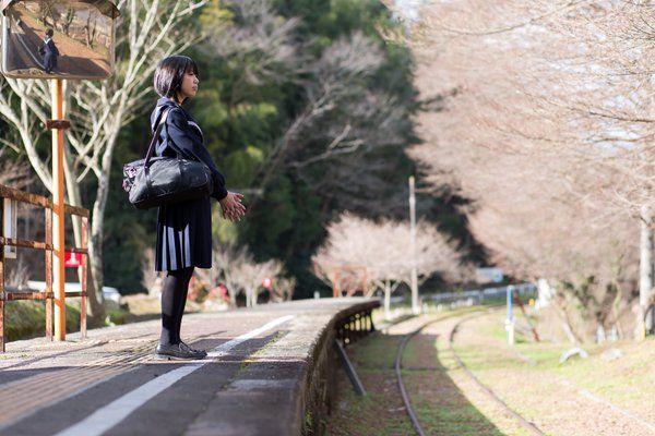"""こうちゃんさんのツイート: """"廃線ポトレ モデル:ののぐさん@tenkasuumai 冬空とセーラー服と廃線跡でちょっとノスタルジーとか 寂れた情景的な感じを意識してみました #ポートレート #セーラー服 #ファインダー越しの私の世界 https://t.co/KVrwizrieb"""""""