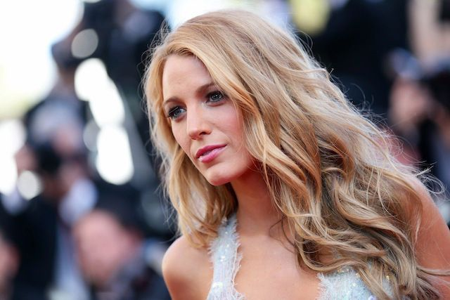 If I could go blonde over night I would totally love Blake Lively's hair!