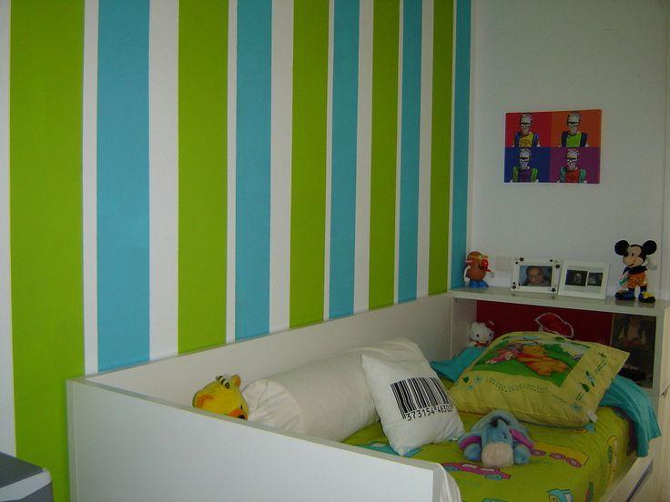 Pin de paula calella en dormitorio turquesa y verde - Habitaciones infantiles pintadas a rayas ...