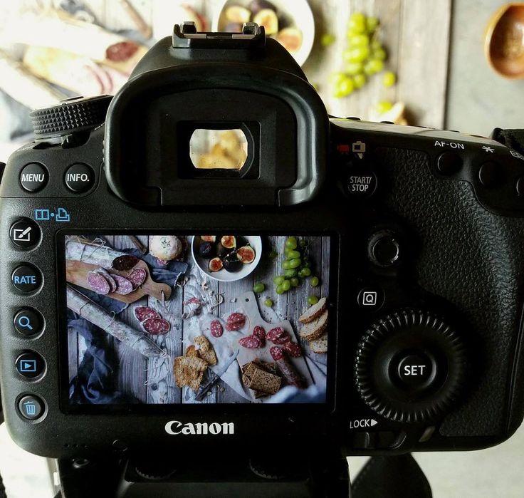 Oggi si scatta! Photoshoot! #shoot #emiliafoodlove #emiliafoodlovers #lovefood #foodlover #foodpics #foodart #foodstagram #photooftheday #photography #setphotography