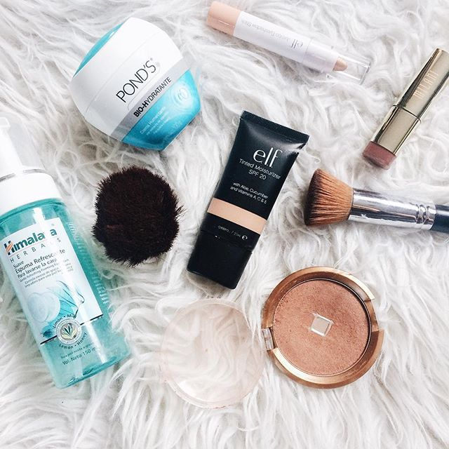 """New post up on the #blog my #work days face routine"""" (link on bio)"""