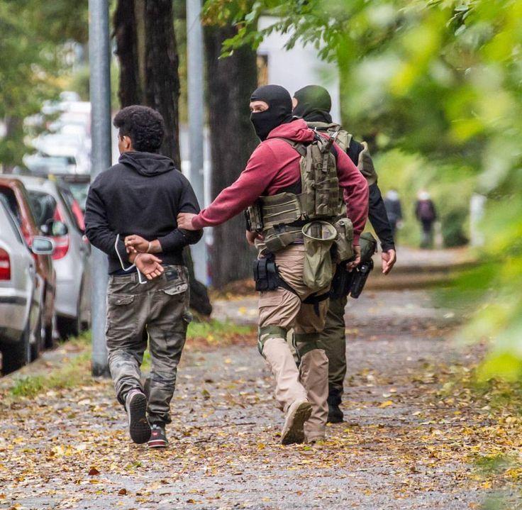Sek Quelle: die Welt @qmgraphics @kurdish_military_forces @spetsnazpro @hellenicmilitary @jagdkommando_austria @global.response.team