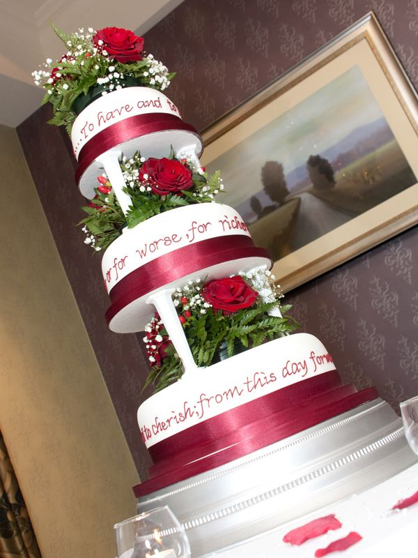 Gorgeous winter wedding cake