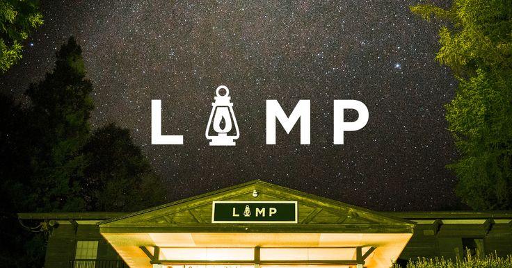 LAMPは長野県野尻湖にあるアウトドア・アクティビティを楽しめるゲストハウスです。ドミトリー(相部屋)一泊2700円、グループ・家族向けの個室もあります。