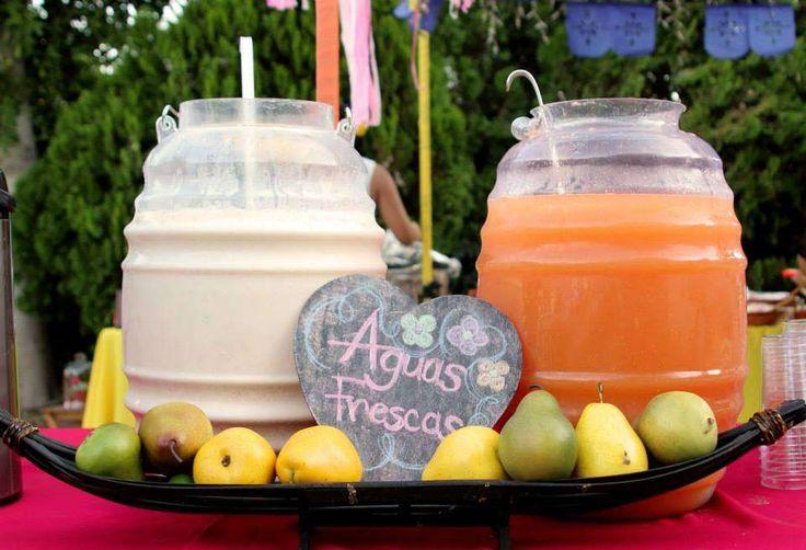 Agua fresca para una boda estilo México