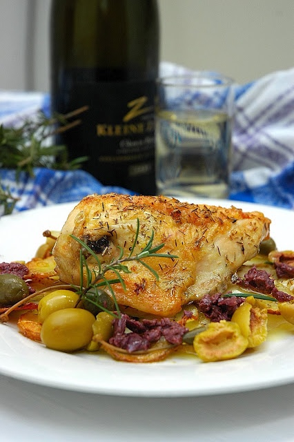Roast chicken with potatoes and olives | Chic-licious | Pinterest