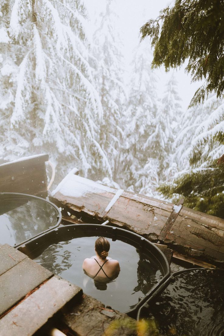 10+ Pacific Northwest Hot Springs You Need To Visit This Year