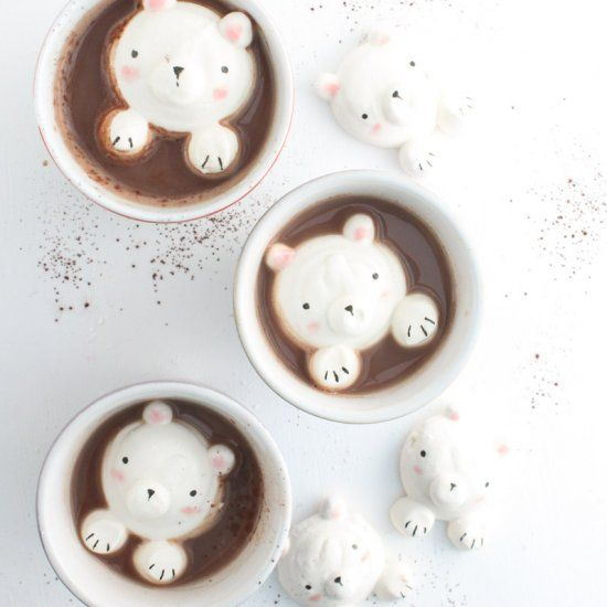 Learn how to make the CUTEST teddy bear marshmallows! Perfect for a warm cup of hot chocolate!