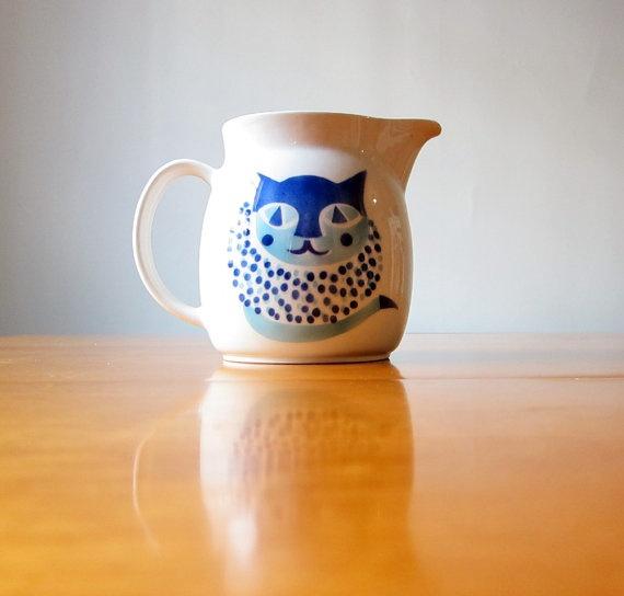 Arabia of Finland blue cat pitcher designed by Kaj Franck in the 1960's. I want