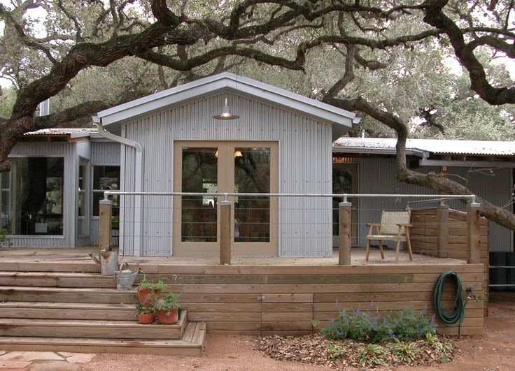 The Texas Trailer Remodel. Excellent conversion of a mobile home into a nicely designed home with style.