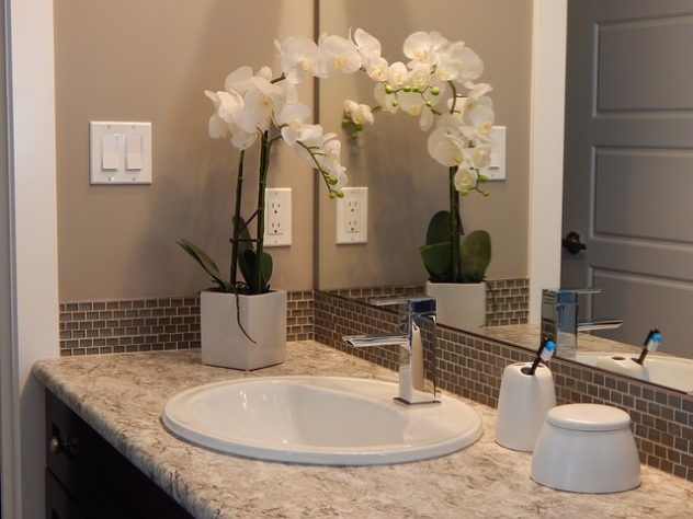 How to Choose From the Various Types of Bathroom Sinks