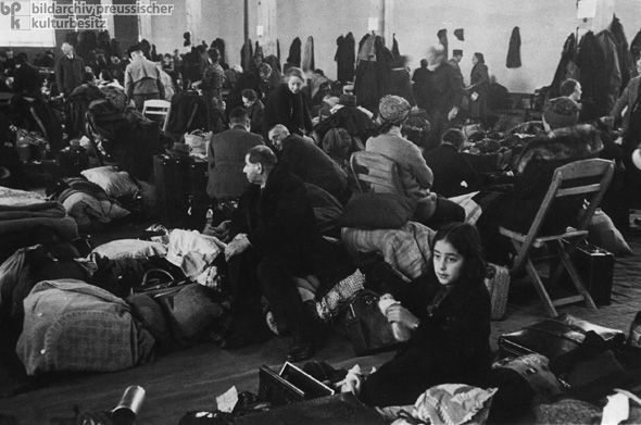 deport jewish personals In 1939, ronnie breslow of elkins park was an 8-year-old passenger aboard the st louis, the ship of 937 jewish refugees that in flight from nazi germany was infamously turned away by the.