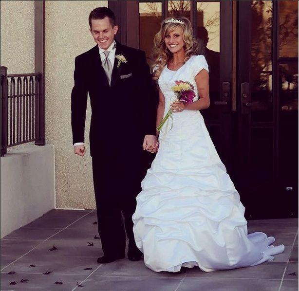 21 best ellie and jared images on pinterest daily bumps for Ellie and jared