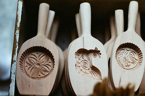 beautiful wooden molds for chinese mooncakes