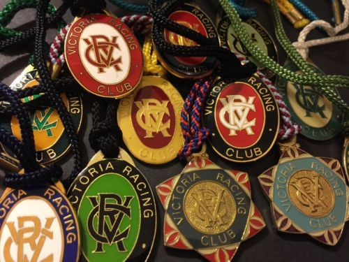 12-x-VRC-Victorian-Racing-Club-Membership-Medallions-Badge-Lot-VINTAGE-1985-1997