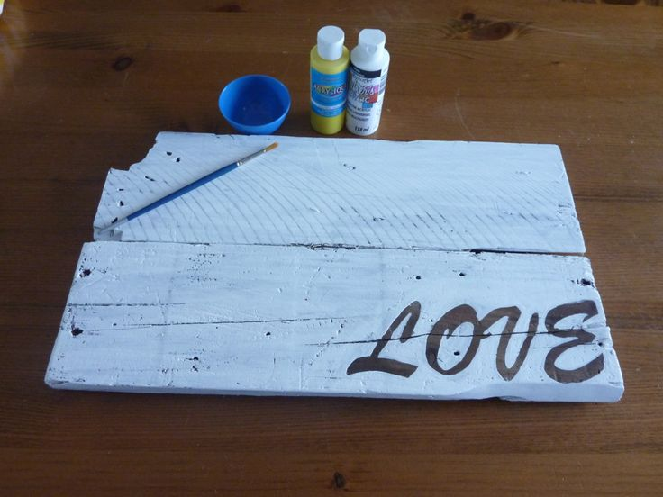 DIY Pallet Wood Ombre Sign with Wood Reveal Reverse Lettering   The Happy Housie