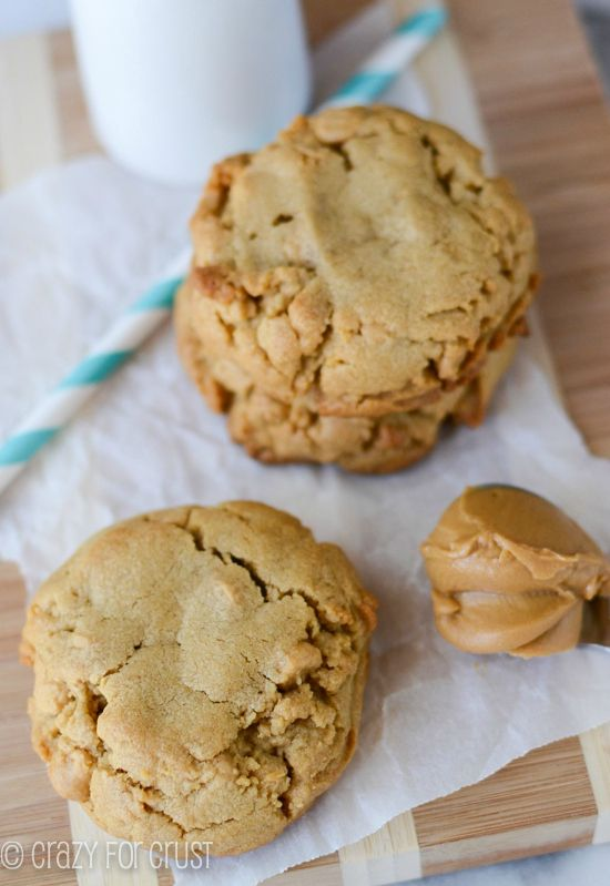 XL Bakery Style Peanut Butter Cookies by crazyforcrust.com | Peanut butter cookies with peanut butter chips - the perfect cookie {and it's a copycat of the Disneyland ones!}