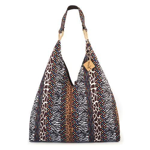 BORSA PLAYA - Capiente borsa in tela di nylon, stampa animalier con tasca interna a zip. Chiusura con bottone metallico.