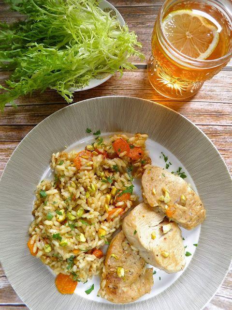 Jednogarnkowe: polędwiczki z indyka z ryżem i orzechami   sio-smutki! Monika od kuchni
